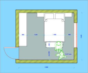 Вариант расположения окна и двери в спальной в деревянном доме