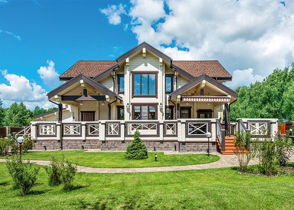 Принцип контраста в оформлении фасада дома